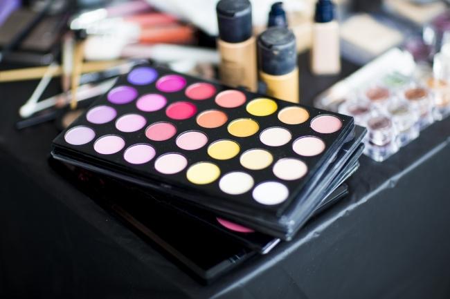 化粧品業界向け新ドメイン、「.makeup」の一般登録を開始