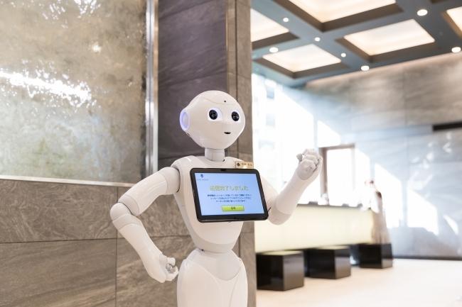 国内のホテル業界初、多言語対応可能なリモートコンシェルジュとしてマイステイズのホテルに「Pepper」を正式導入