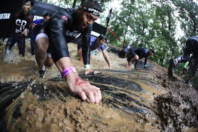 起伏の激しいコースで更に過酷になった世界最高峰障害物レース 「Reebok Spartan Race(リーボック スパルタンレース)」